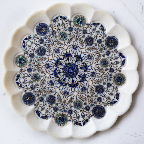 Inlaid white marble plate
